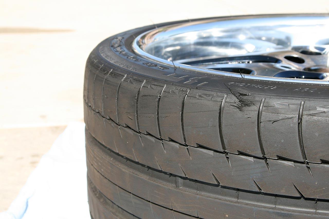 Những thủ phạm gây tổn thọ cho lốp xe của bạn 4