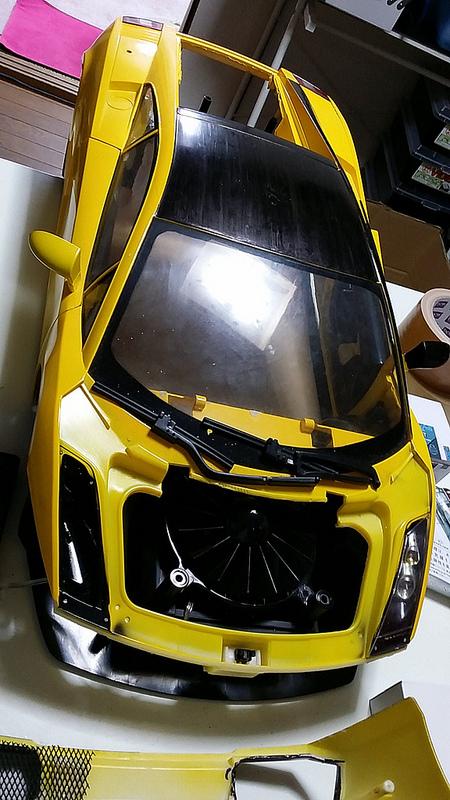 """Case máy tính """"đội lốt"""" siêu xe Lamborghini Gallardo cực chất 6"""
