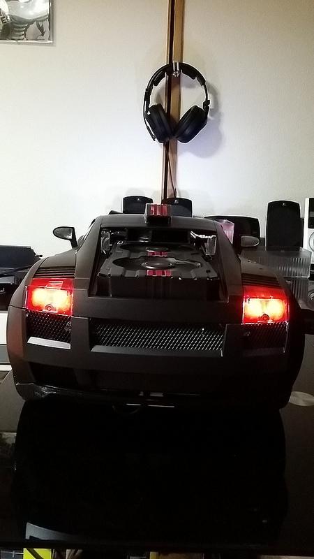 """Case máy tính """"đội lốt"""" siêu xe Lamborghini Gallardo cực chất 16"""
