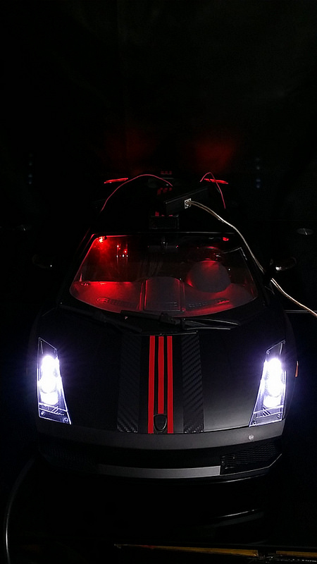 """Case máy tính """"đội lốt"""" siêu xe Lamborghini Gallardo cực chất 15"""