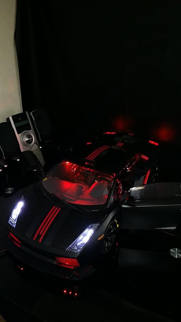 """Case máy tính """"đội lốt"""" siêu xe Lamborghini Gallardo cực chất 18"""