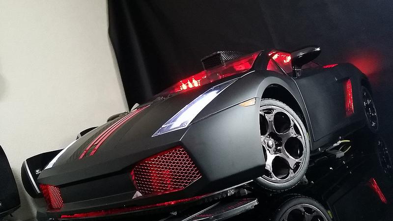 """Case máy tính """"đội lốt"""" siêu xe Lamborghini Gallardo cực chất 23"""