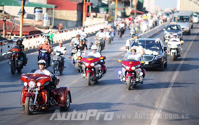 """Kawasaki Z1000 và dàn môtô khủng """"rồng rắn"""" đi rước dâu 6"""