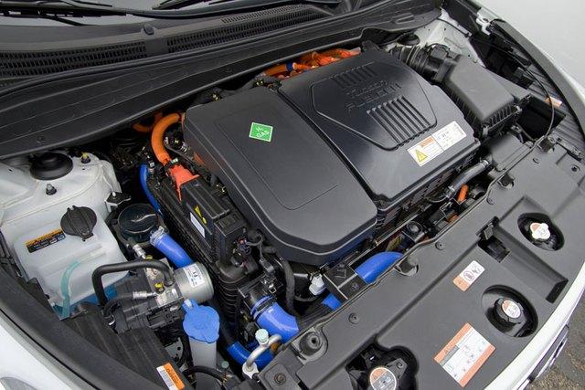Hệ dẫn động pin nhiên liệu 100 kW của Hyundai Tucson FCV