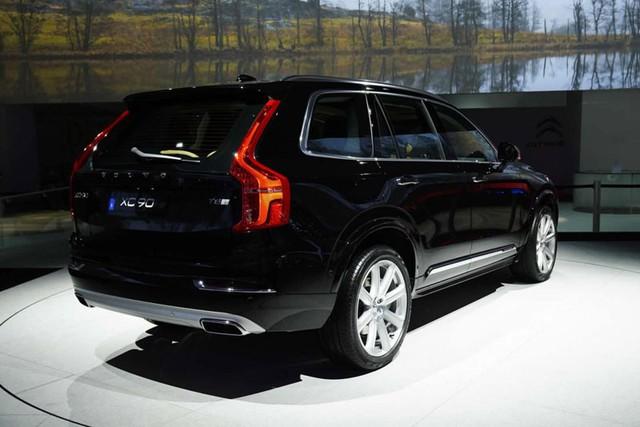 Volvo XC90 thế hệ mới tại triển lãm Paris 2014.