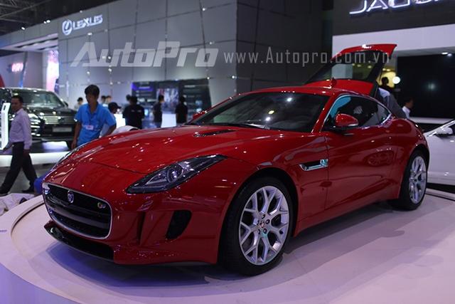 Xe sang Jaguar tại triển lãm VMS2014.