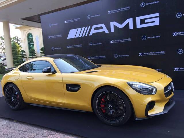 Mercedes AMG GT S Edition 1 thứ 2 xuất hiện tại thị trường Việt Nam.
