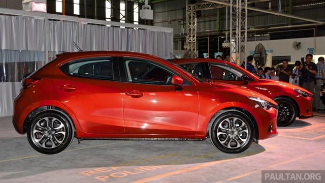 Mazda2 Hatchback 2015