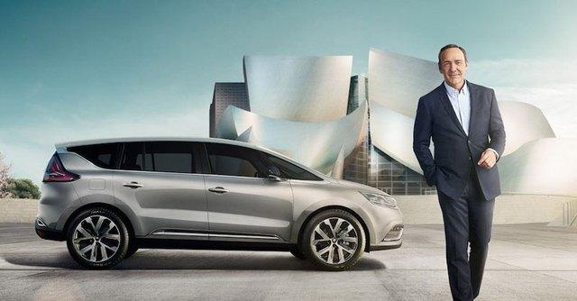 Renault Espace chụp ảnh cùng ngôi sao Hollywood Kevin Spacey.