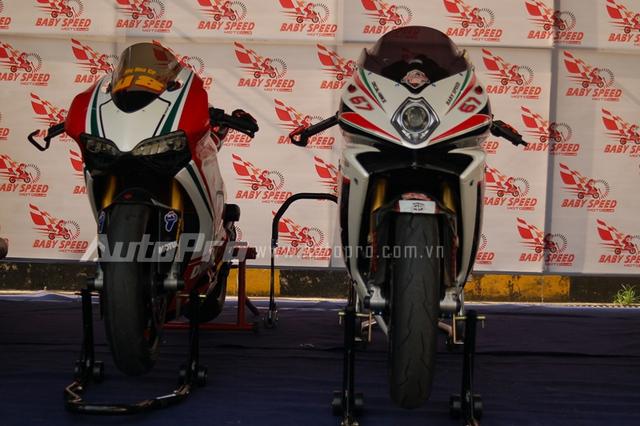 Bộ đôi Ducati 1199S Panigale Tricolore và MV Agusta F4 RR được độ lại nhiều đồ chơi hàng hiệu.