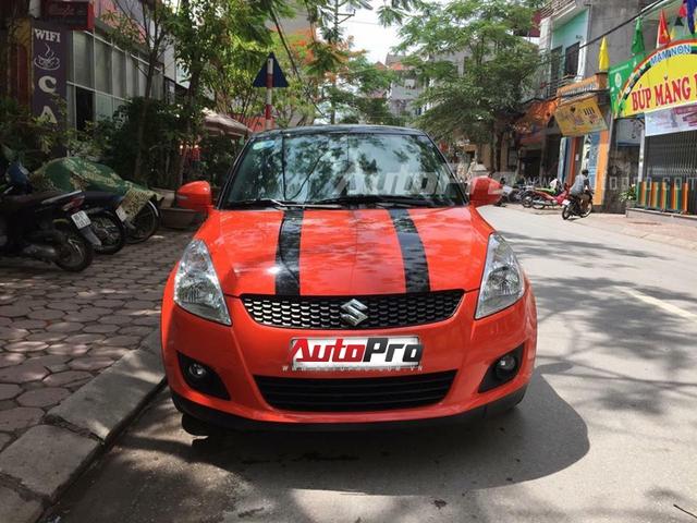 Chiếc Suzuki Swift của anh Tuấn.