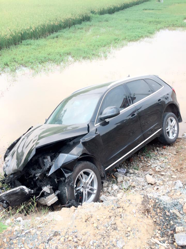Người lái chiếc Audi Q5 may mắn không bị thương. Ảnh: Ảnh: Lại Văn Cường