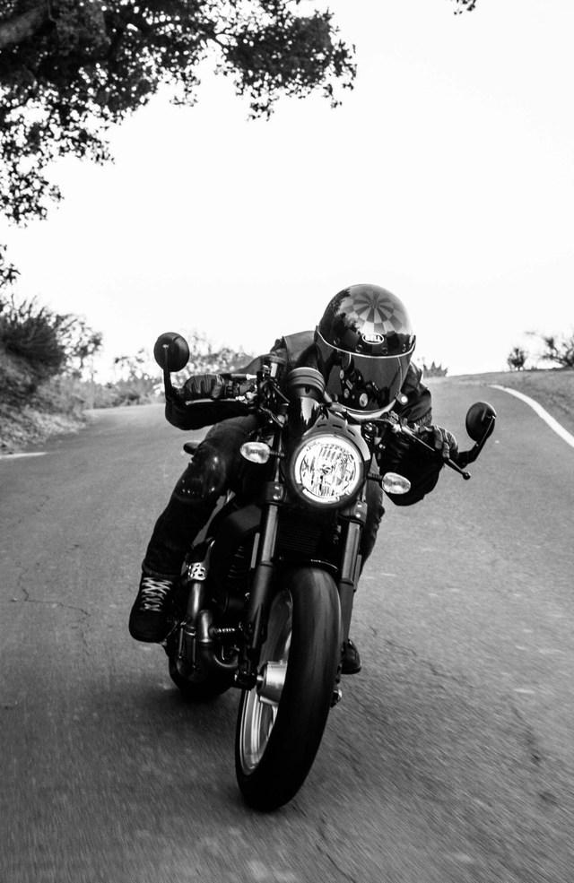 Ducati Scrambler phiên bản Cafe Racer.