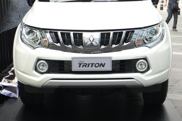 Mitsubishi Triton 2017 ra mắt tại Thái Lan, giá từ 489 triệu Đồng - Ảnh 2.