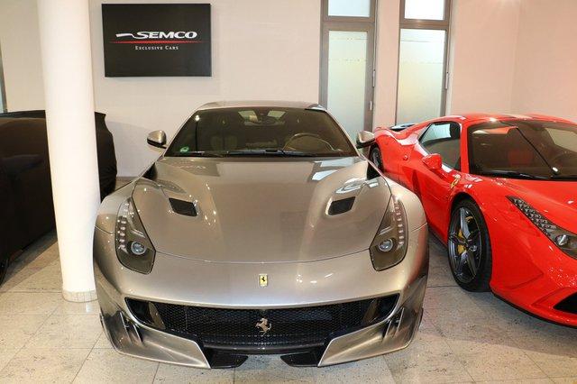 So với chiếc tại Hà Lan, siêu xe Ferrari F12tdf mà đại lý SEMCO Exclusive ở Đức rao bán đắt hơn 25.000 Euro, tương đương 27.500 USD. Như vậy, chiếc Ferrari F12tdf màu xám Grigio Titanio có giá cao hơn gấp 3 lần so với mức khởi điểm do nhà sản xuất đưa ra. Tại thị trường Mỹ, siêu xe Ferrari F12tdf có giá khởi điểm 337.000 USD, tương đương 7,5 tỷ Đồng.