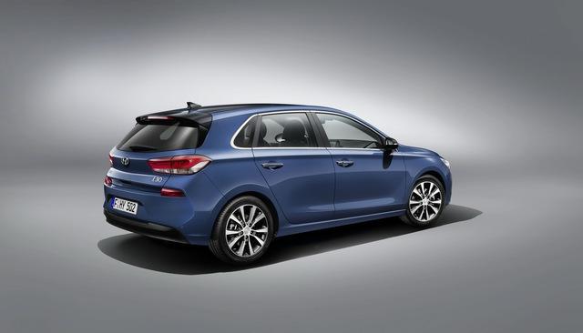 Hyundai i30 2017 - Xe gia đình đúng nghĩa, ngập tràn công nghệ an toàn - Ảnh 3.