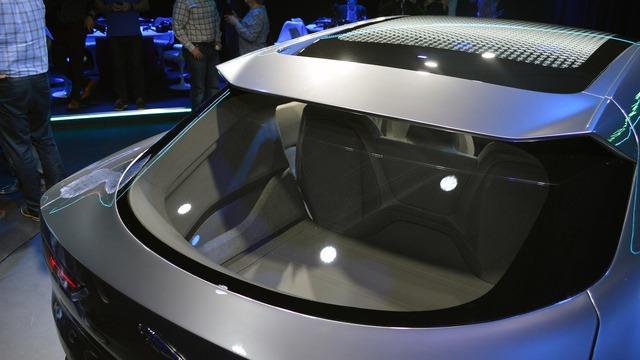 Hãng Jaguar gọi I-Pace là SUV nhưng trên thực tế kiểu dáng của mẫu xe này giống hatchback hơn. Đây là kiểu thiết kế từng được áp dụng cho một số mẫu xe như Infiniti QX30 và Mercedes-Benz GLA.