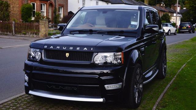Range Rover Sport vốn đã là một mẫu SUV hạng sang sở hữu thiết kế ấn tượng từ trong ra ngoài. Thế nhưng, hãng độ Vilner vẫn cảm thấy có thể mang đến nội thất nổi bật hơn nữa cho Range Rover Sport.