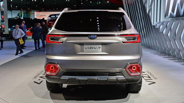 Trong khi đó, thiết kế đằng sau xe trông hiền lành hơn. Nhìn chung, thiết kế ngoại thất của Subaru Viziv-7 trông như mẫu xe đã sẵn sàng lên dây chuyền sản xuất đại trà.
