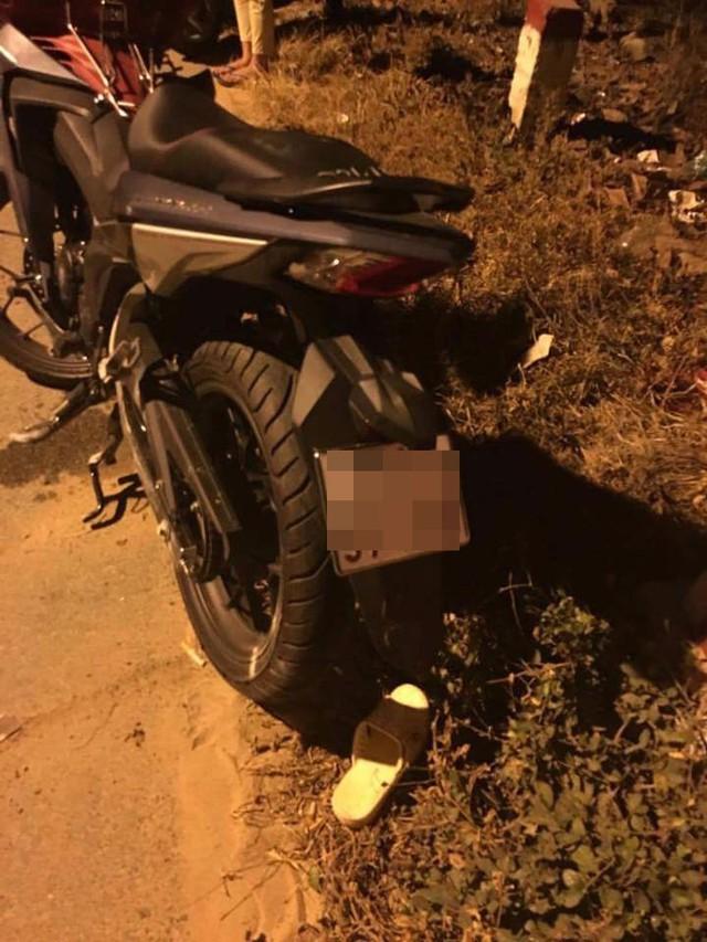 Chiếc Honda Winner 150 bị hỏng đáng kể trong vụ tai nạn. Ảnh: 2banh