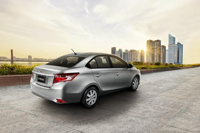 Hôm qua, ngày 16/9, hãng Toyota đã chính thức gửi thông tin và hình ảnh chính thức của mẫu sedan cỡ nhỏ Vios 2016 dành cho thị trường Việt Nam. Theo hãng Toyota, kể từ ngày 16/9, Vios 2016 đã bắt đầu có mặt tại toàn bộ hệ thống đại lý trên toàn quốc. Khách hàng có thể đến các đại lý chính hãng của Toyota để đăng ký lái thử Vios mới.