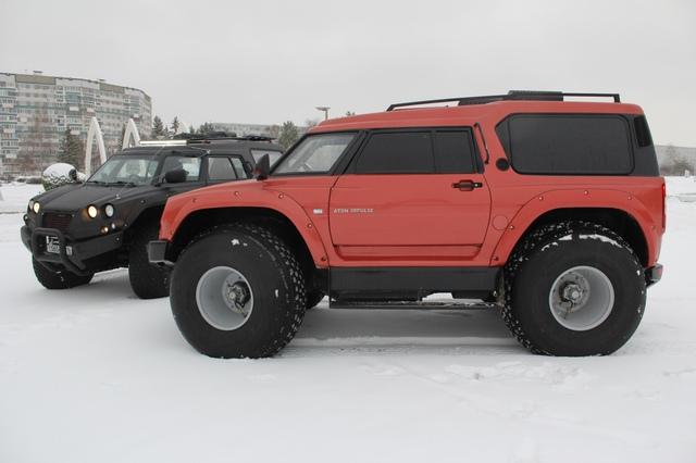 Hiện có nhiều nơi mà ngay cả những mẫu xe việt dã tốt nhất của Land Rover hay Jeep cũng không thể đặt chân đến. Do đó, con người vẫn phải tiếp tục nghiên cứu và phát triển những mẫu xe có thể vượt qua mọi địa hình trên thế giới. Mới nhất trong số đó là mẫu xe toàn địa hình Viking 29031 của người Nga.