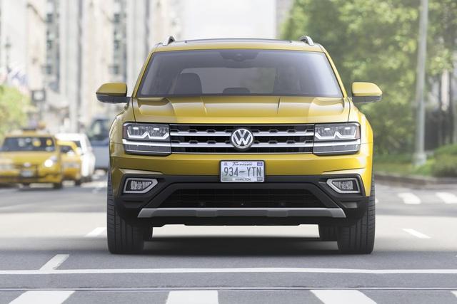 Dự kiến, Volkswagen Atlas 2018 sẽ có mặt trên thị trường Mỹ vào mùa xuân năm sau. Hiện giá bán của Volkswagen Atlas 2018 vẫn chưa được công bố.