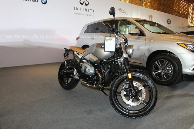 Ngoài R NineT Scrambler 2016, BMW Motorrad Việt Nam sẽ mang mẫu xe naked bike đang được nhiều biker Việt chờ đợi, đó là G310R.