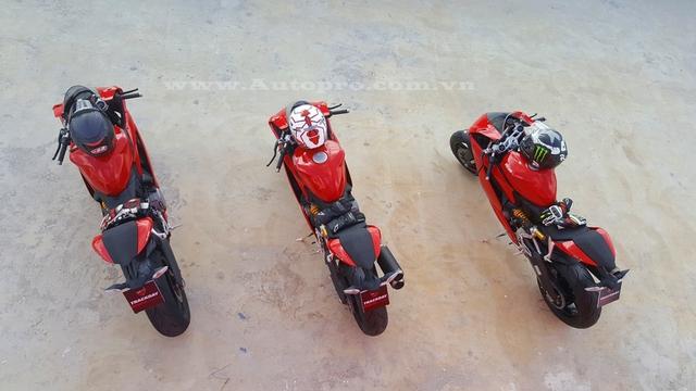 Cũng vì thế mà khá nhiều biker Việt khi tham gia trải nghiệm xe vào sáng nay đều muốn một lần cầm cương mẫu siêu mô tô 959 Panigale.