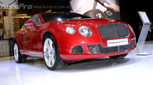 Bentley Continental GT W12 mẫu xe thể thao thuộc phân khúc siêu sang.