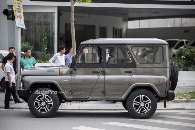Sau một thời gian dài để người tiêu dùng trong nước chờ đợi, mẫu xe Uaz Hunter của Nga đã về Việt Nam với mức giá ban đầu được cho là khá rẻ, chỉ hơn 300 triệu Đồng.