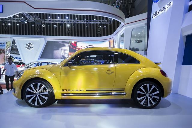 Volkswagen trưng bày Beetle 2016 phiên bản thường nhưng dán tem Dune - Ảnh 1.