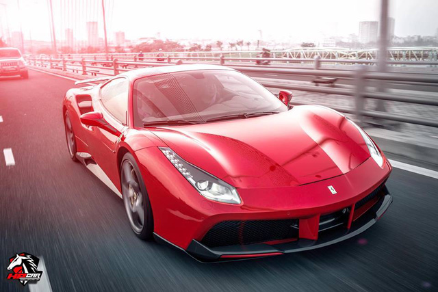 Tay chơi Đà Nẵng chi 1 tỷ Đồng bộ body kit cho Ferrari 488 GTB - Ảnh 8.
