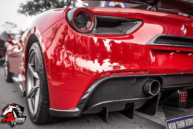 Tay chơi Đà Nẵng chi 1 tỷ Đồng bộ body kit cho Ferrari 488 GTB - Ảnh 11.