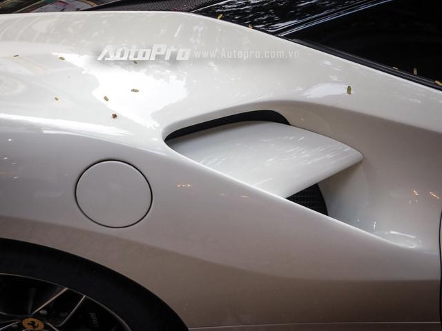 Tại Việt Nam, hiện nay có 3 chiếc Ferrari 488 GTB màu trắng. Trong đó, một chiếc thuộc sở hữu của doanh nhân Nguyễn Quốc Cường hay thường gọi Cường Đô-la. Chiếc còn lại đang cư trú trong một công ty nhập khẩu siêu xe ở quận 5, Tp. Hồ Chí Minh.