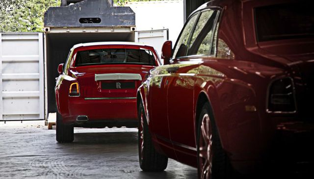 30 chiếc Rolls-Royce Phantom Louis XIII Special Edition đã đặt chân đến Macao.