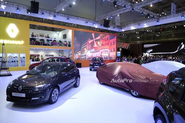 Dàn xe nhập khẩu của Renault.