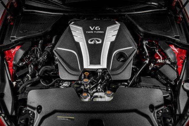 Infiniti Q60 Coupe 2017 giới thiệu tại thị trường Việt Nam sẽ sử dụng động cơ V6 mới, Biturbo, dung tích 3.0 lít. Hiện hãng Infiniti chưa công bố hiệu suất của động cơ này.