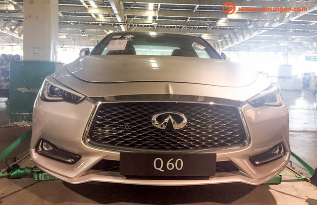Hàng hot Infiniti Q60 Coupe 2017 đầu tiên tại Việt Nam - Ảnh 1.