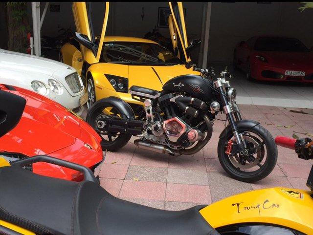 Ngoài dàn siêu xe khủng, đại gia y tế còn có bộ sưu tập mô tô khiến nhiều biker phát thèm - Ảnh 5.