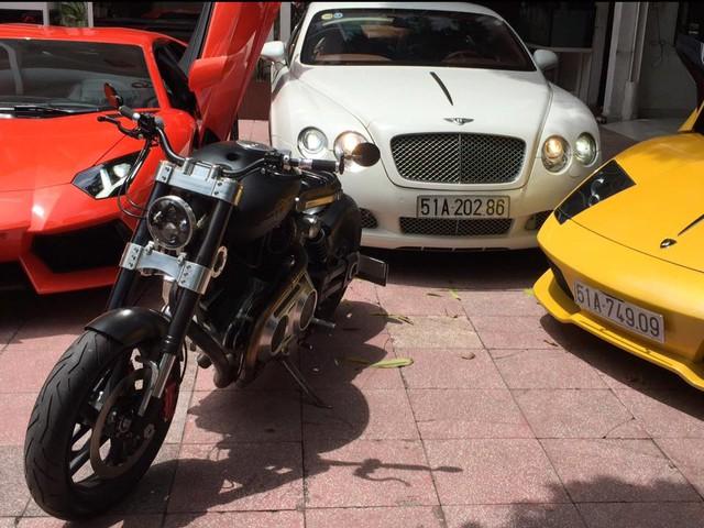 Ngoài dàn siêu xe khủng, đại gia y tế còn có bộ sưu tập mô tô khiến nhiều biker phát thèm - Ảnh 4.