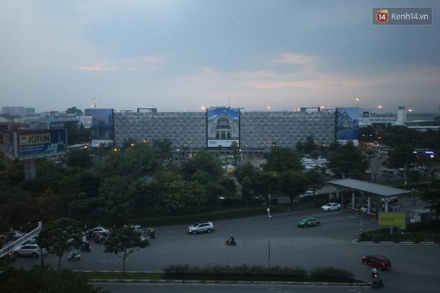 Ngày 16/11, nhà để xe cao 7 tầng tại sân bay quốc tế Tân Sơn Nhất đã được chính thức đưa vào hoạt động sau hơn 10 tháng thi công với số vốn 550 tỷ đồng.