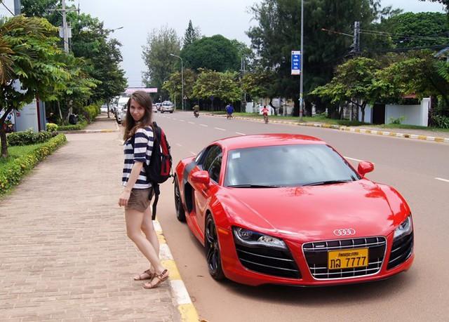 Xe hơi tại Lào rẻ đáng kể so với Việt Nam - Ảnh 2.