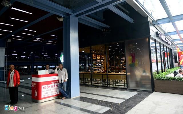 Nhà để xe 5 sao ở sân bay Tân Sơn Nhất - Ảnh 19.