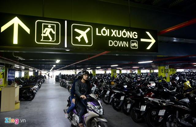 Nhà để xe 5 sao ở sân bay Tân Sơn Nhất - Ảnh 3.