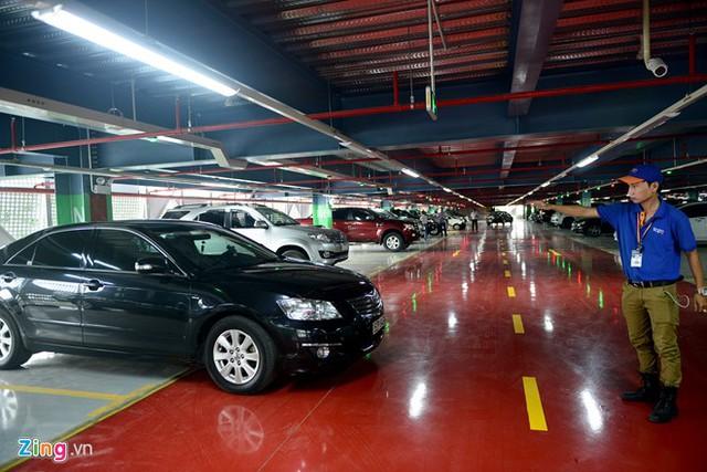 Nhà để xe 5 sao ở sân bay Tân Sơn Nhất - Ảnh 4.