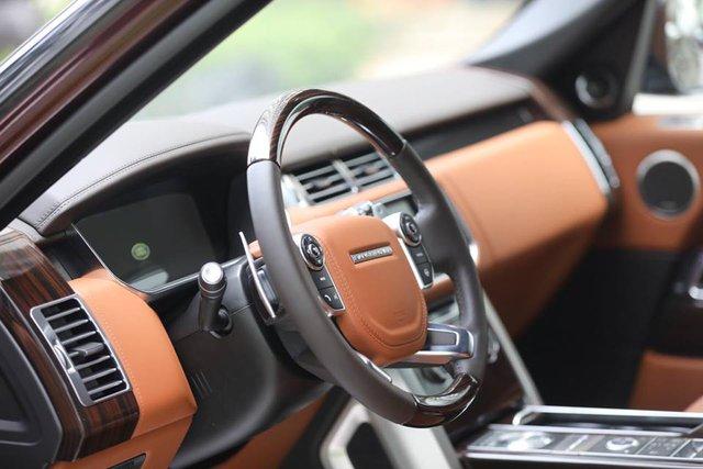 Range Rover SVAutobiography - Đẳng cấp chơi SUV 12 tỷ Đồng của đại gia Việt - Ảnh 3.