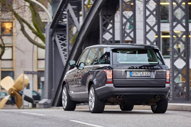 Cặp Range Rover và Lexus LX570 biển tứ quý 8 gần giống nhau gây choáng - Ảnh 4.