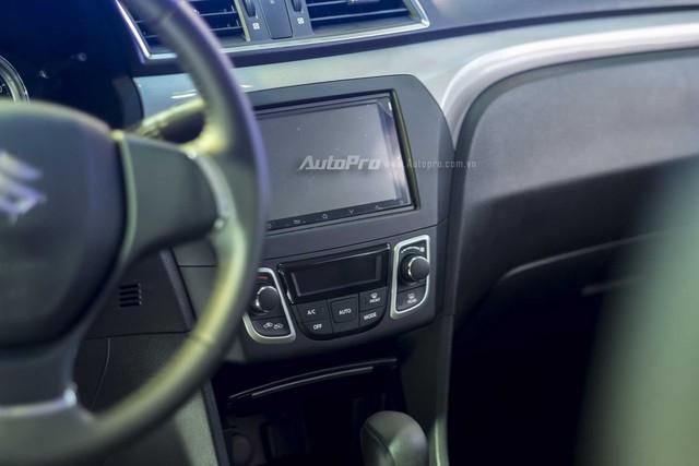 Xe cũng được trang bị màn hình cảm ứng
