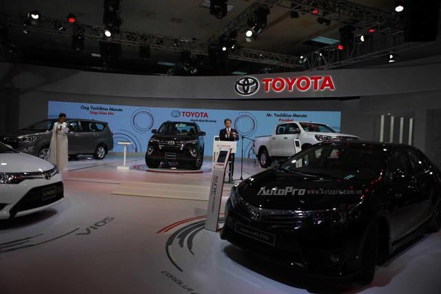 Toyota Vios 2016 với động cơ mới và Toyota Corolla Altis mới.